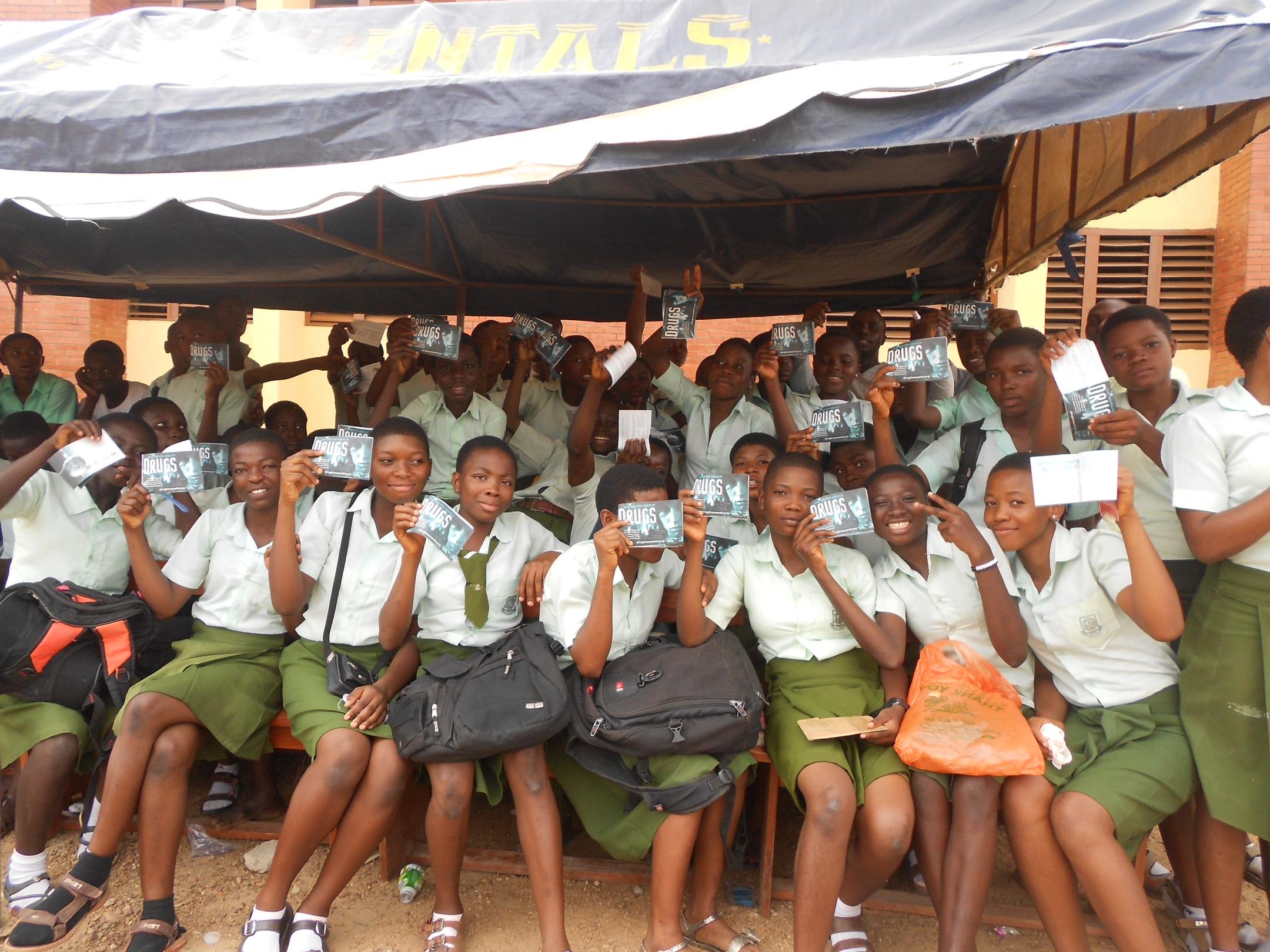 Studenti del Maryland International Institute Nigeria alla conferenza Narconon