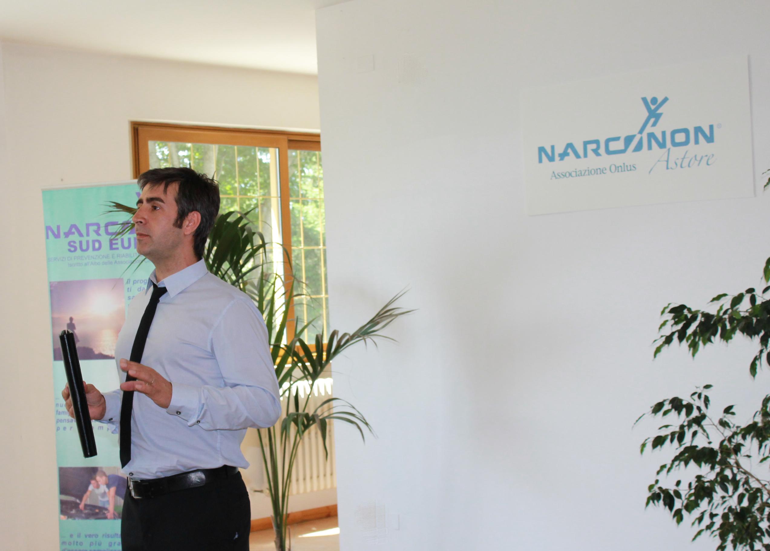Diego, conferenza Narconon