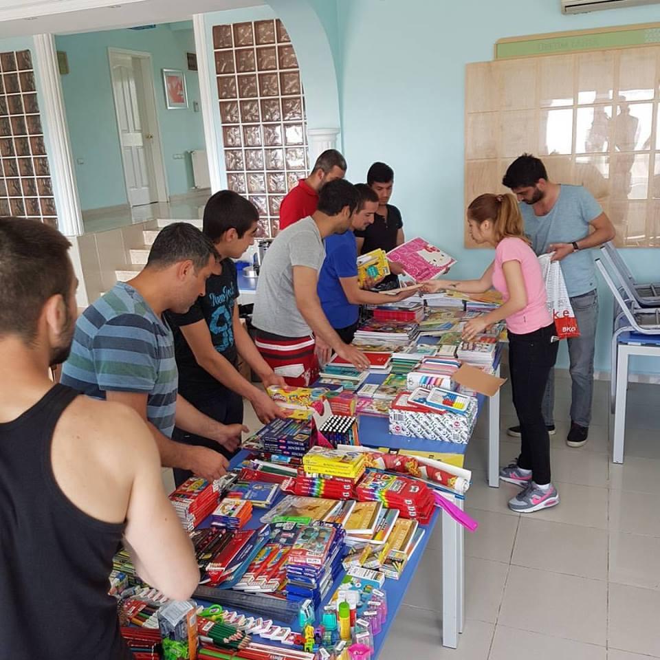 Narconon Turchia raccolta materiali per la scuola elementare di Van